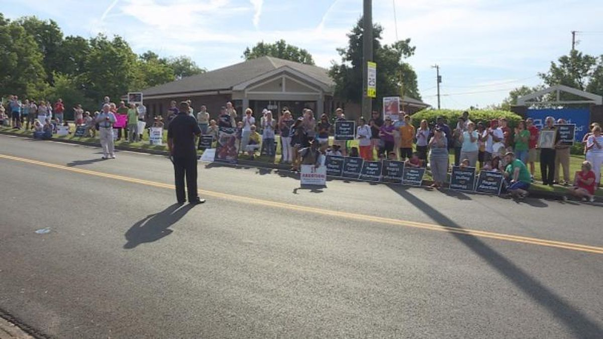 More than 100 protestors gathered outside Knoxville's Planned Parenthood clinic in August of...