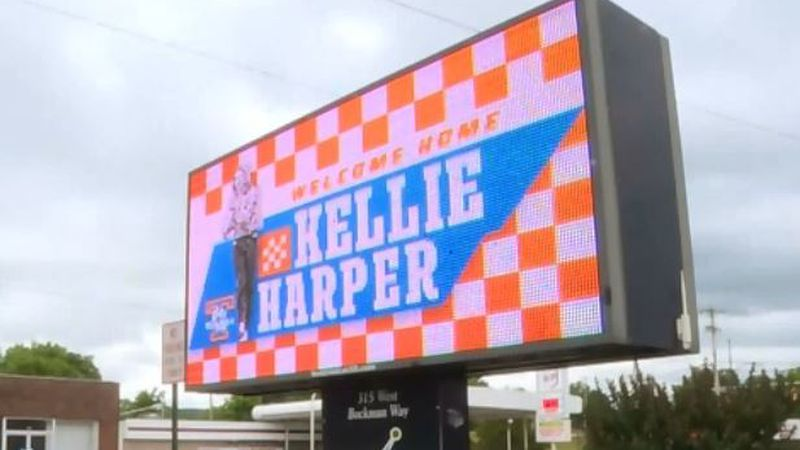 "Sign in Sparta, Tenn. reads ""Welcome home Kellie Harper."" / Source: WVLT"