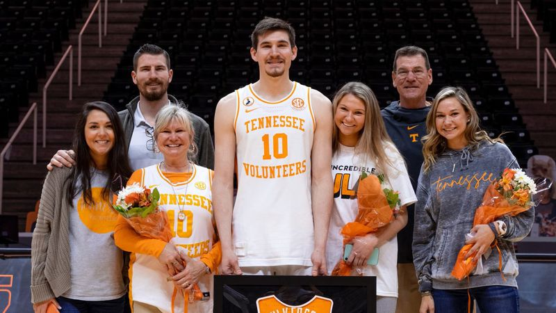 And family on senior day at Thompson-Boling Arena