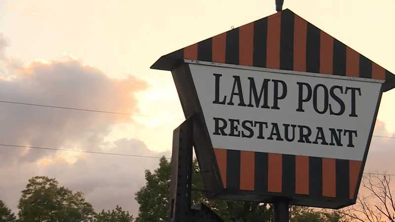 The Lamp Post Restaurant in Madisonville is closing after the building is set to be sold.