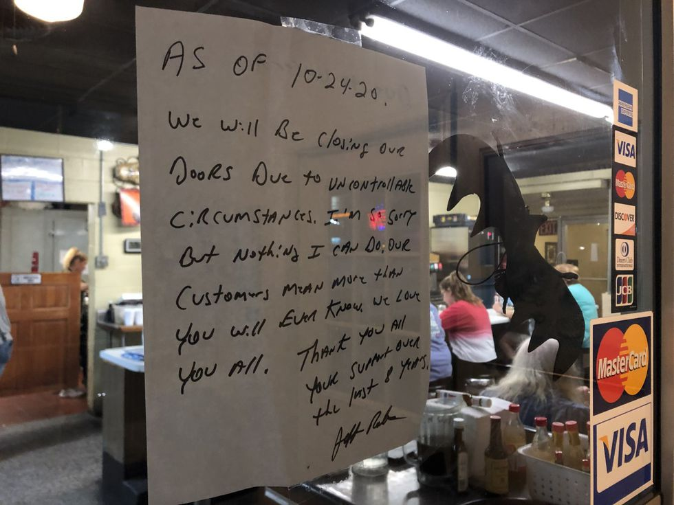 Owner Jeff Roberts posted this sign on the door letting customers know the restaurant is closing.