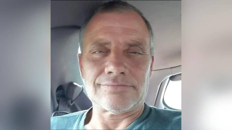 Tony Ahrens, 52