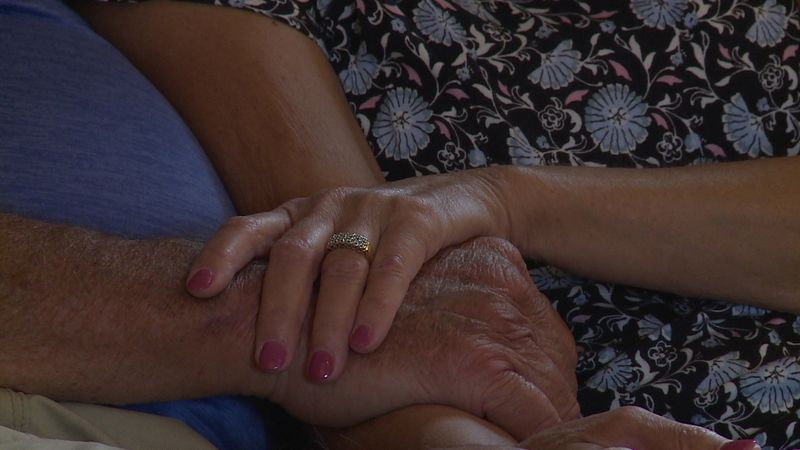 Couple still in love after 42 years of marriage, coping with his Alzheimer's diagnosis.