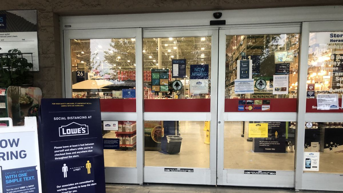Lowe S Holds Spring Black Friday Sale Despite Coronavirus Concerns