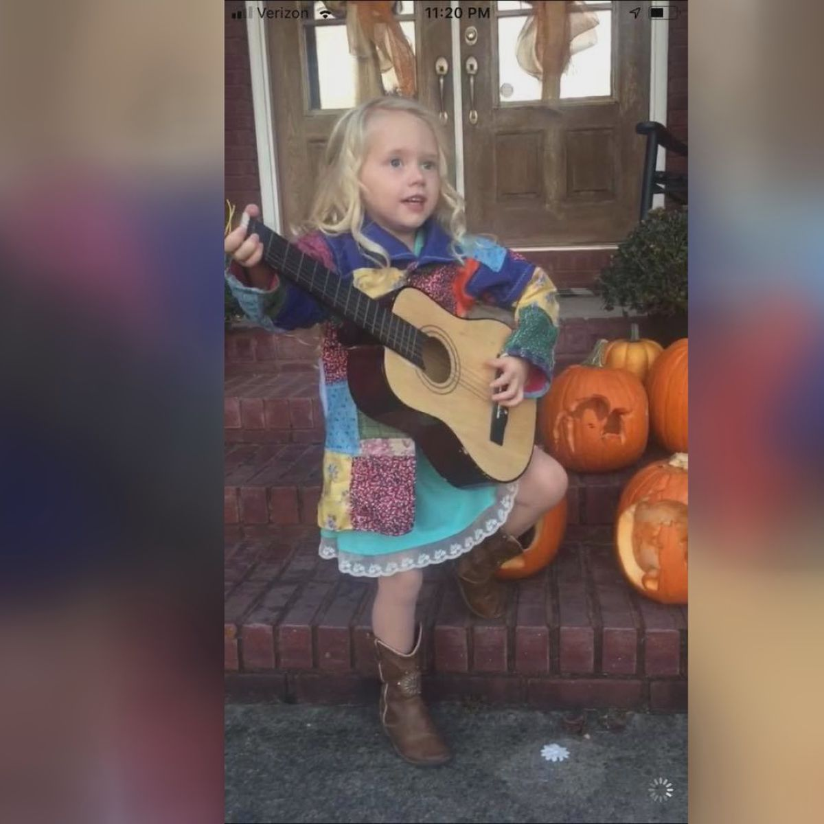 Tennessee Toddler Transforms Into Dolly Parton With Coat Of Many Colors