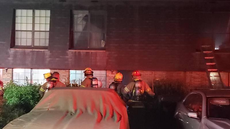Rural Metro Fire responds to an apartment fire on Cross Creek Rd.