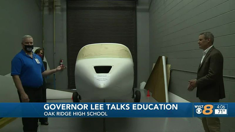 Gov. Lee Visits Oak Ridge High School