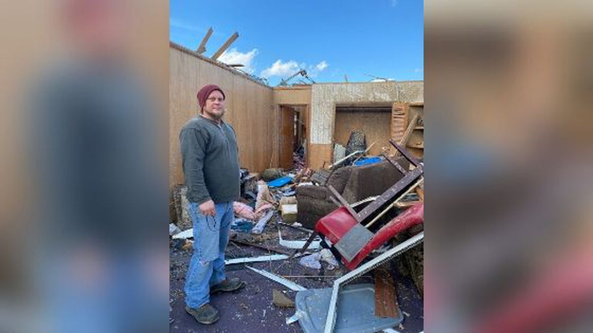 Ryan Myers was sleeping when the tornado came. / (WVLT)