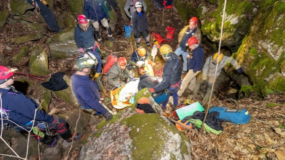Crews were able to successfully rescue the missing person. / Source: (Chuck Sutherland)