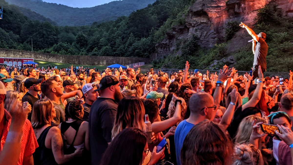 Chase Rice concert at Brushy Mountain State Penitentiary / Source: (Mike Kelly)