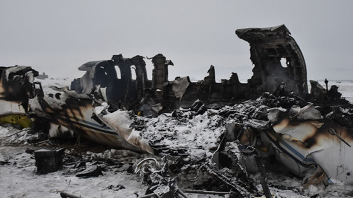 The wreckage of a U.S. military aircraft that crashed in Ghazni province, Afghanistan, is seen Monday, Jan. 27, 2020. (AP PhotolSaifullah Maftoon)