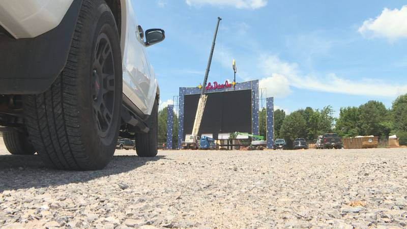 LoCo Drive-In Movie Theater opening in Loudon County