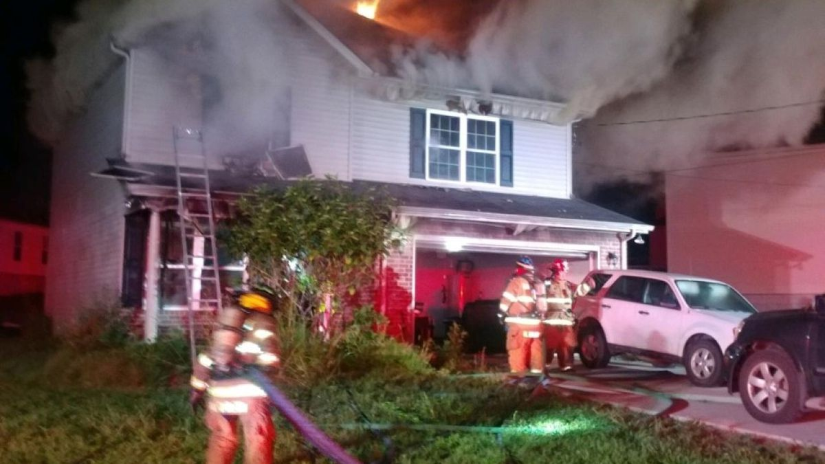 A family escaped a house fire in La Vergne Saturday morning.