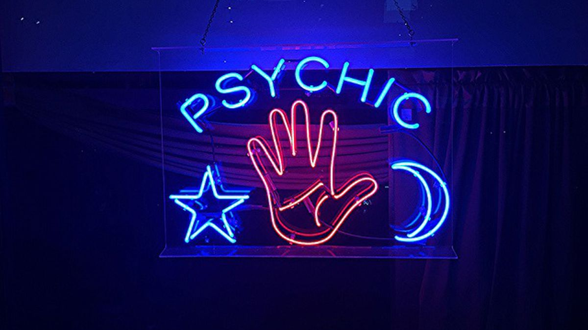 Things You Should Know When Consulting A Psychic