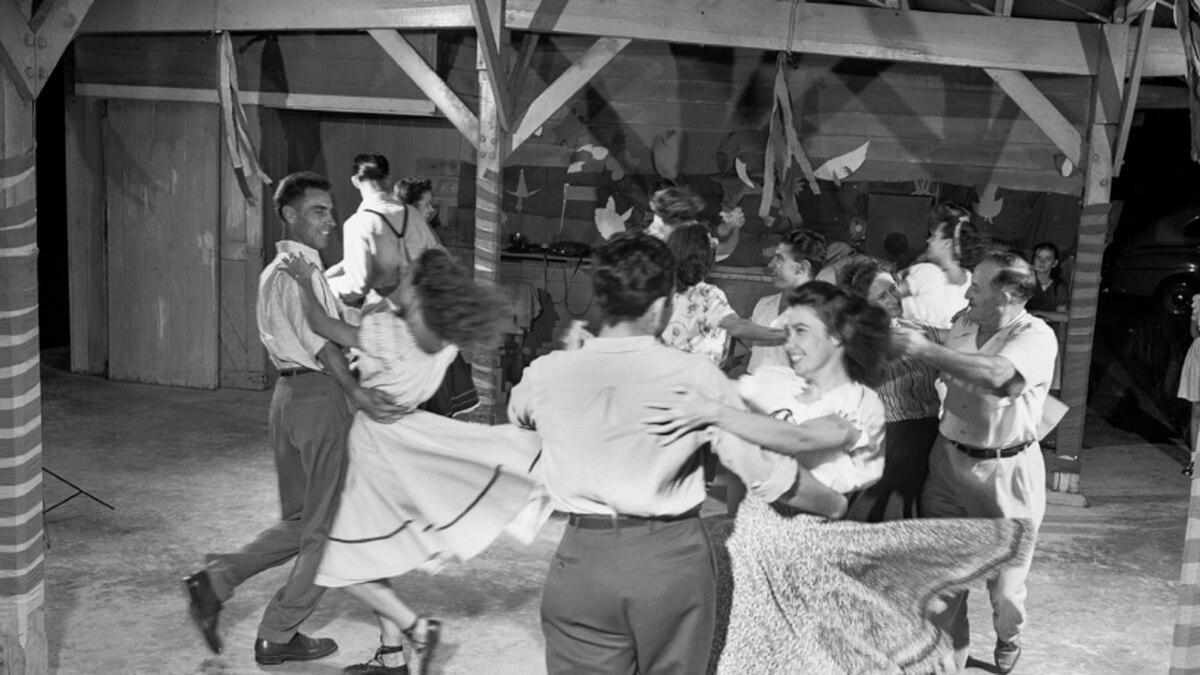 1947 Outdoor Pavilion Jefferson Oak Ridge TN