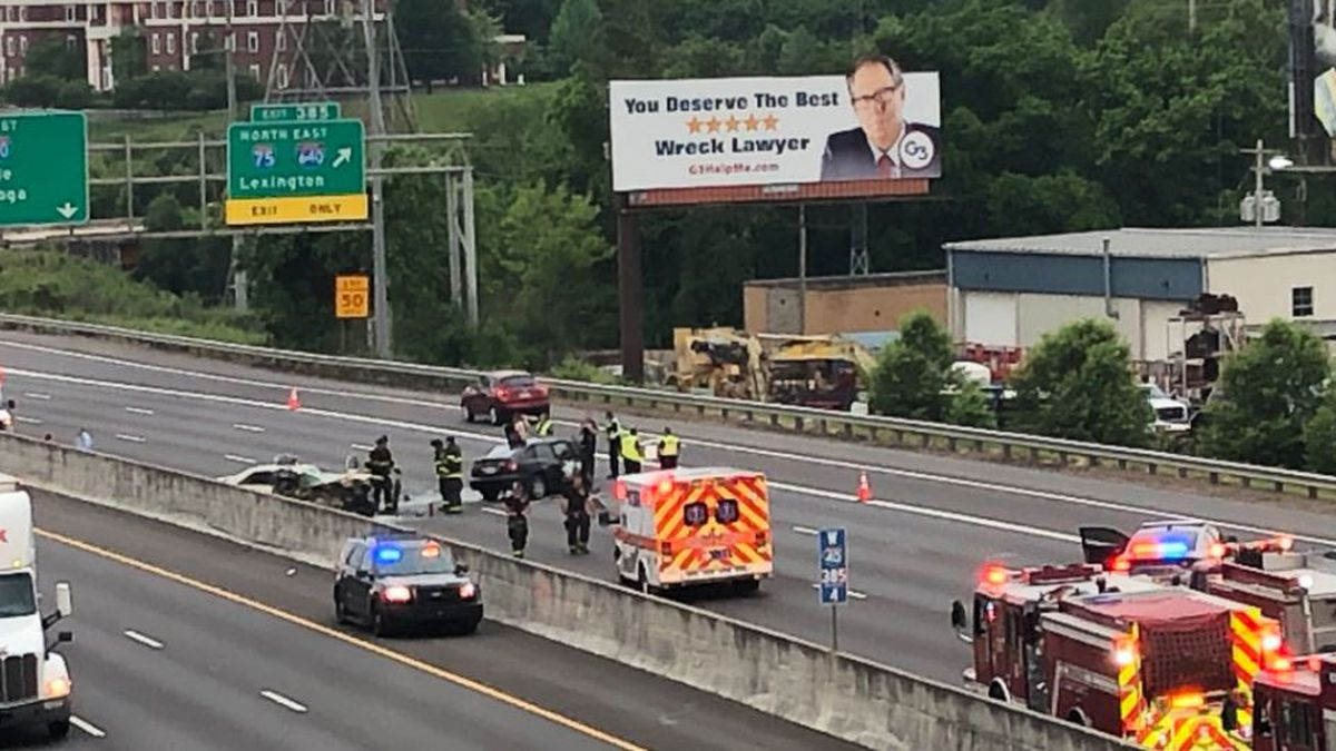 Interstate 40 near Liberty Street blocked after head-on-collision. / Source: WVLT