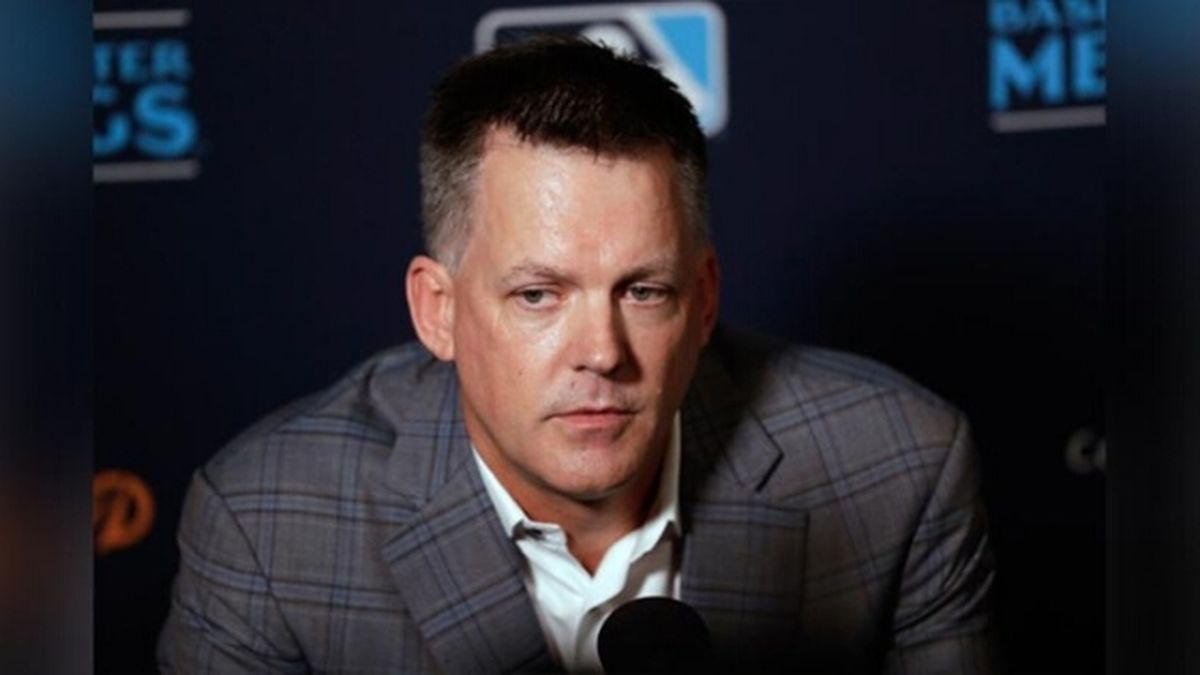 Houston Astros manager A.J. Hinch speaks during the Major League Baseball winter meetings, Tuesday, Dec. 10, 2019, in San Diego./ Source: (Associated Press)