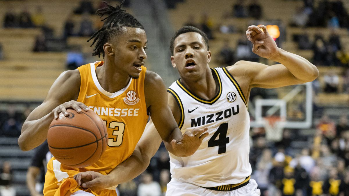 COLUMBIA, MO - JANUARY 07, 2020 - Forward Drew Pember #3 of the Tennessee Volunteers during the game between the University of Missouri Tigers and the Tennessee Volunteers at Mizzou Arena in Columbia, MO. Photo By Maury Neipris/Tennessee Athletics