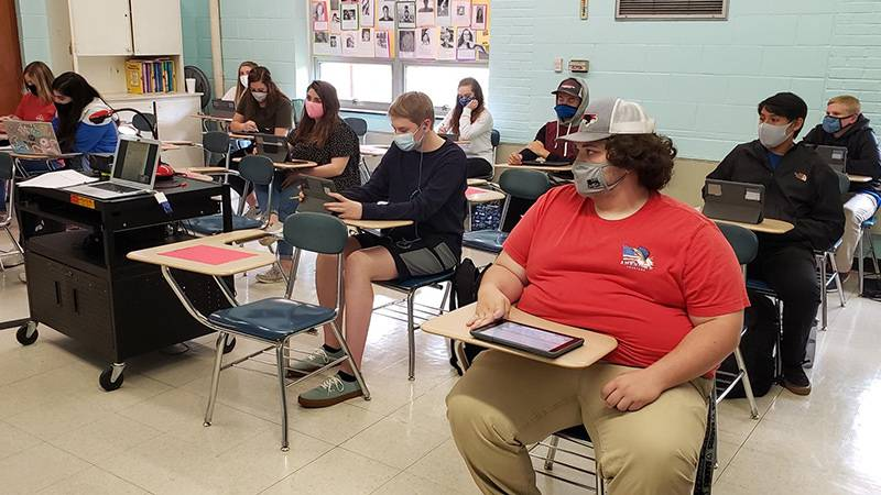Students wear masks in the classroom