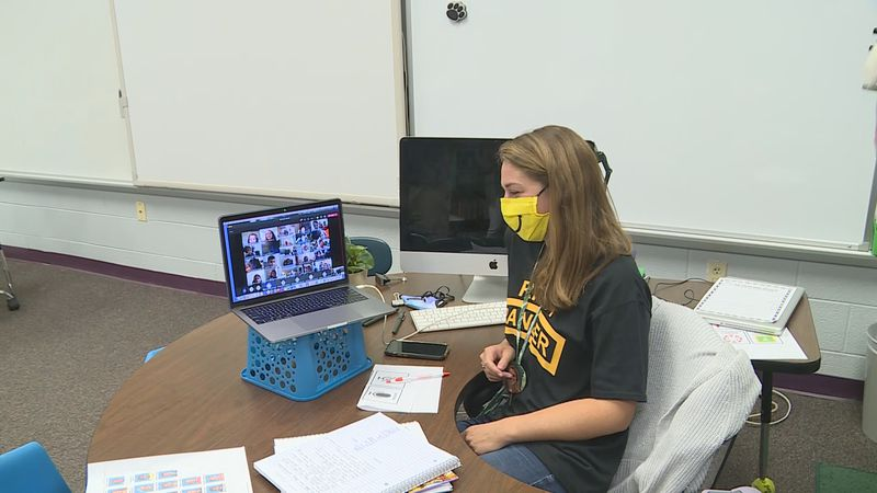 KCS teacher welcomes virtual class on first day of school