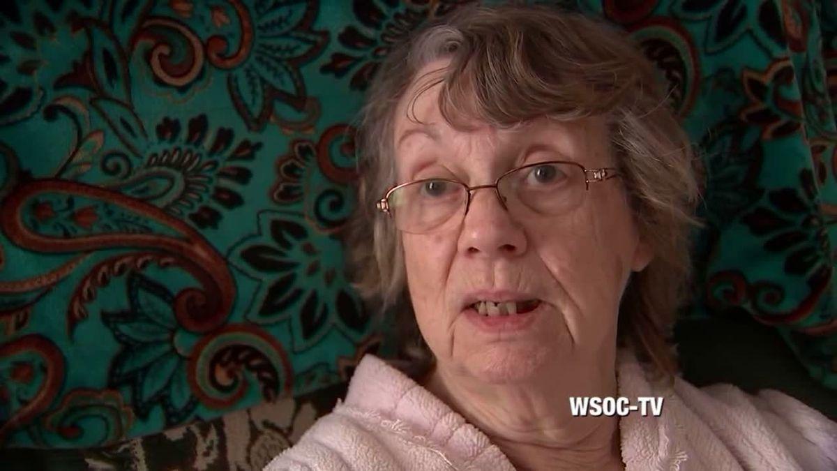 Mary McCloud is the grandmother of William McCloud who dates Evelyn Boswell's grandmother. /...
