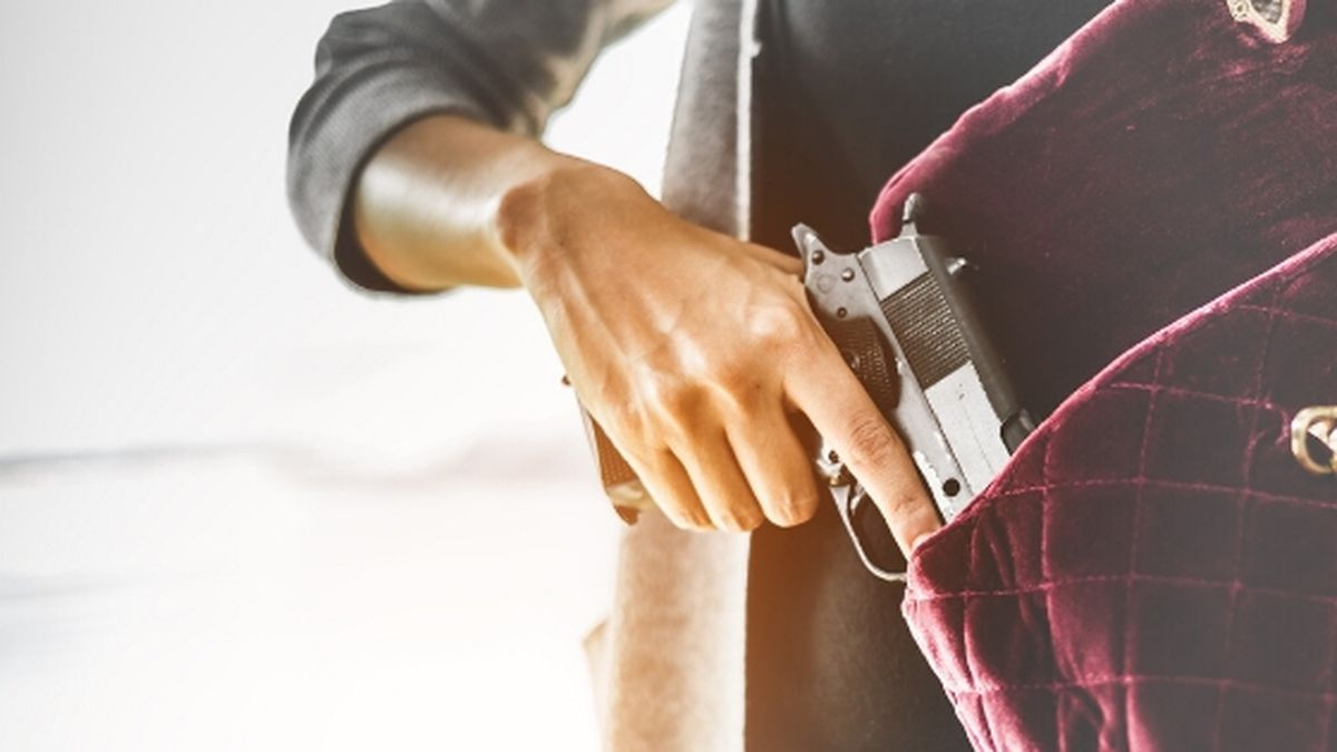 Concealed carry permits are now easier to obtain in Tennessee / Source: (Canva)