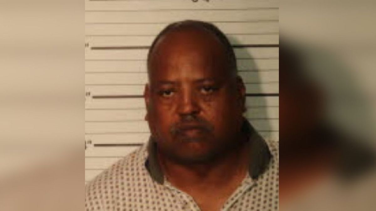 Man arrested, accused of assaulting woman and pouring insecticide down her throat (Source: Shelby County Jail)