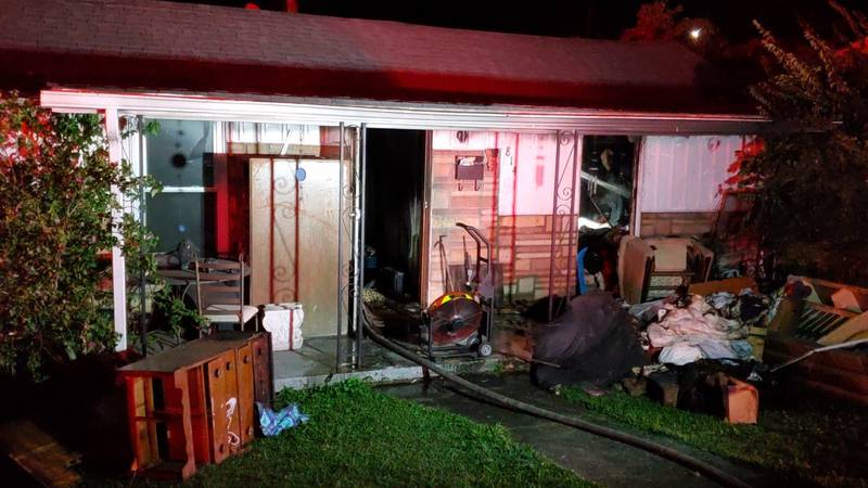 Crews respond to house fire in West Knoxville