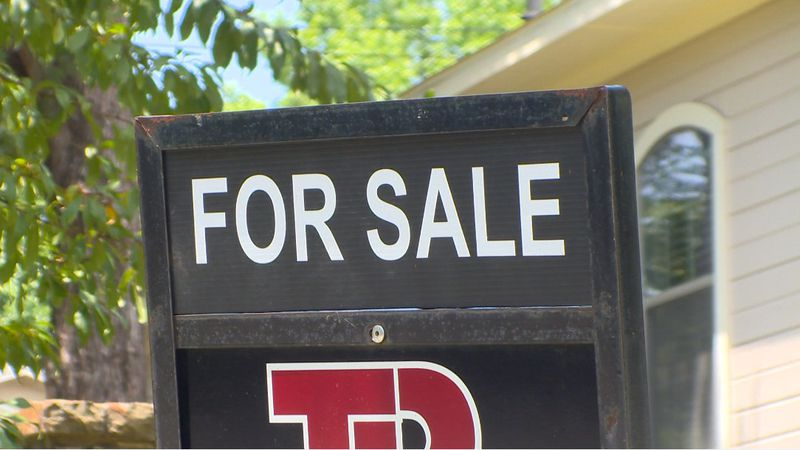 Real estate market thrives despite the pandemic, making it a great time to both buy and sell...